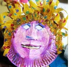 Image taken fromhttp://artandcreativity.blogspot.com/2007/02/ paper-plate-art-share-share-your-ideas.html